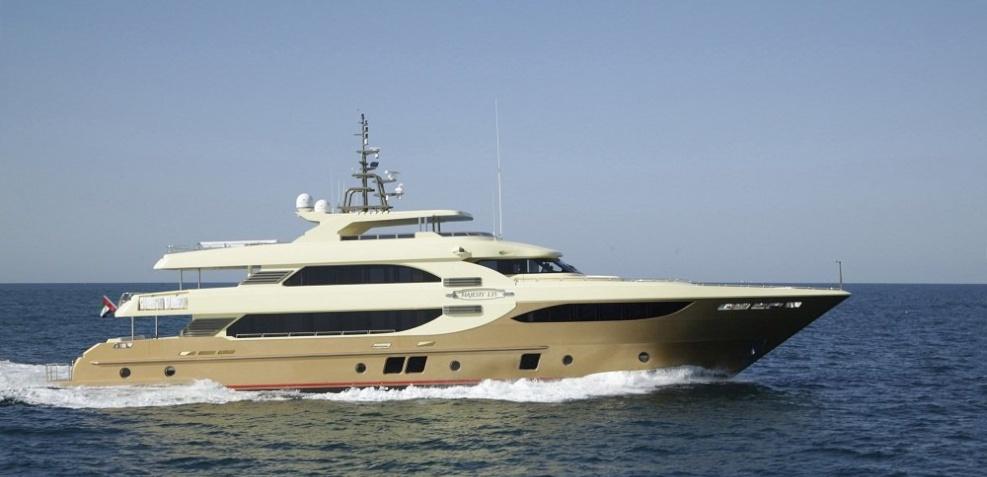 Motor yacht Lady Tahiti