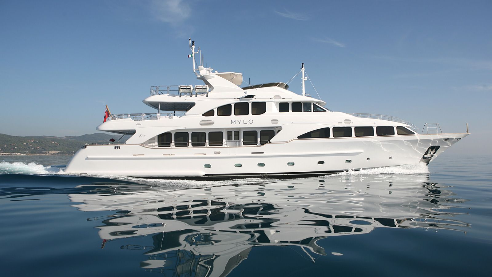 Motor yacht Mylo