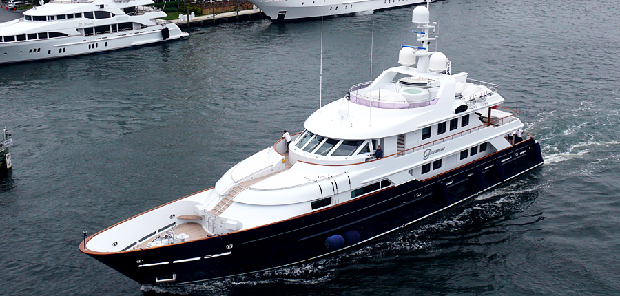 Motor yacht Paramour