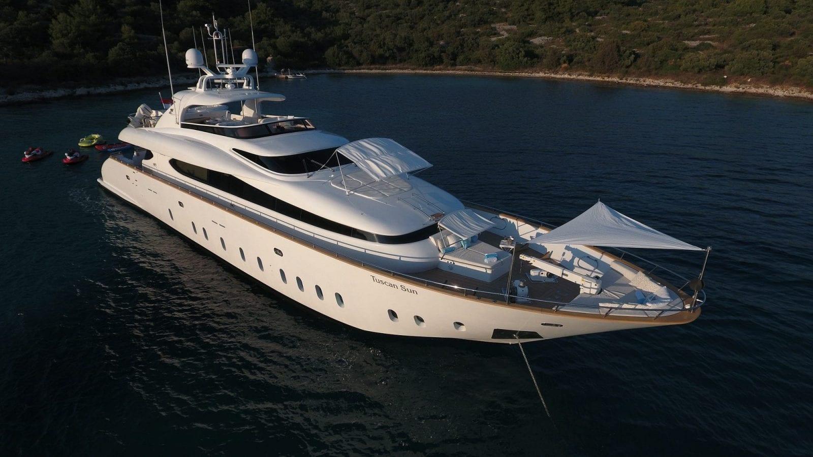 Motor yacht Tuscan Sun