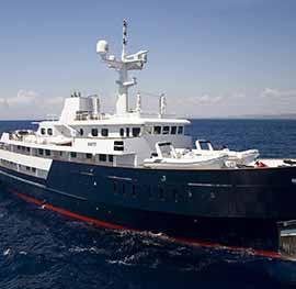 Motor yacht Titan