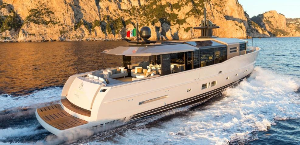 Motor yacht Boom Shakalaka