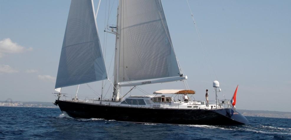 Sailing yacht Ikaron
