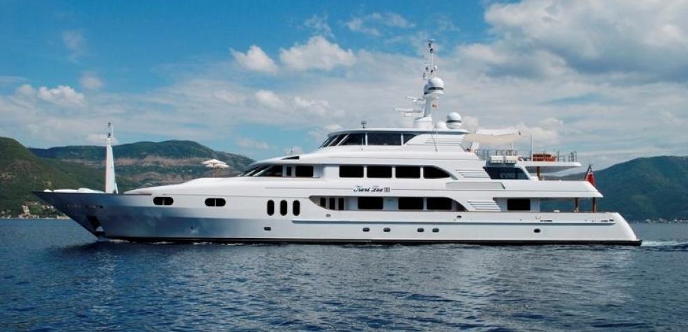 Motor yacht Keri Lee 3