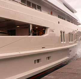 Motor yacht Coral